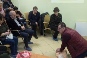 Фирудин Абдуллаев проводит тренинг по первой помощи в Костроме 18 03 2018