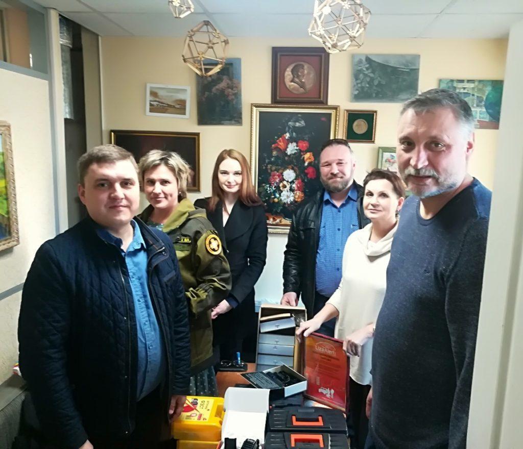 Ротари Кострома 2019 Передача оборудования отряду Лиза Алерт 3 апреля